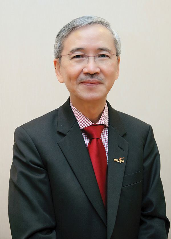 Dr Tee E Siong